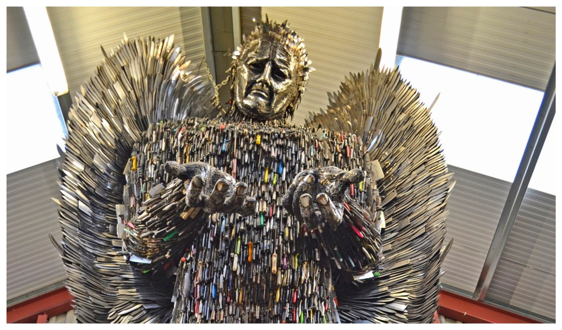 Knife angel sculpture