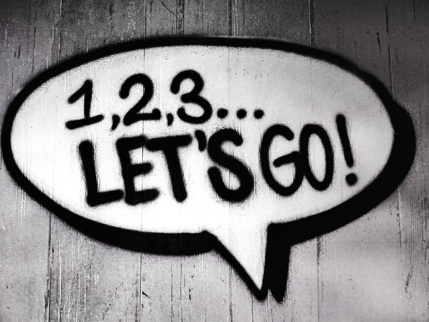 speech bubble with '123 let's go' inside
